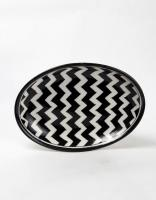 Black and White Zig Zag Design Oval Plate